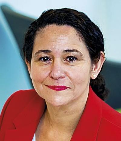 Elena Santiago Directora General de CEN y CENELEC