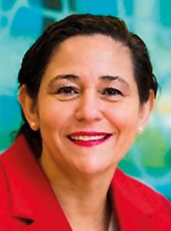 Elena Santiago, Directora General de CEN-CENELEC